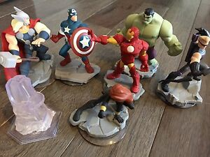 Disney Infinity - Complete Avengers Playset with Star Wars