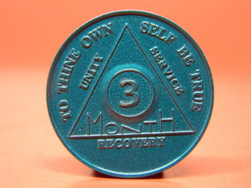 ALCOHOLICS ANONYMOUS 3 MONTH ANNIVERSARY CHIP - MEDALLION -TOKEN