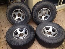 33x 12 r 15  tyres alloy wheels suit nissan patrol AS IS ono Kippa-ring Redcliffe Area Preview