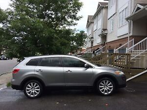2010 Mazda CX-9 GT SUV, Crossover LOW KM's, LADY DRIVEN