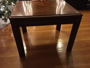 Solid wood end / coffee table