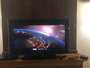"Samsung 40"" 1080p LED Television/ Samsung blue ray"