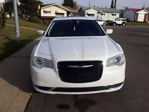 2015 Chrysler 300 Limited AWD first owner