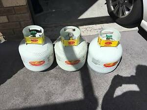 3 Swap and Go 8.5KG gas bottles, all full Kingston Kingborough Area Preview