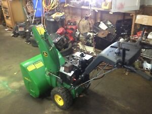 John Deere TRS 26 snowblower