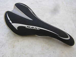 MASI-SEAT-BLACK-SILVER-Saddle-Road-Racing-track-fixie-bicycle