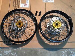 Suzuki RM-Z wheel set