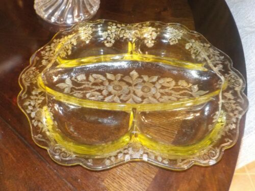 CAMBRIDGE YELLOW APPLE BLOSSOM ETCHED 5 PART CELERY AND RELISH DISH......MINT!