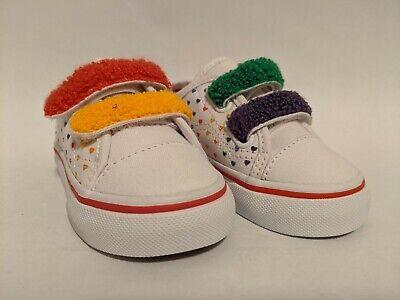 Vans New Style 23 V Chenille Rainbow Heart/True White Vault Toddler Size USA 5