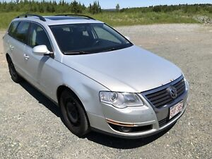 2009 VW Passat Wagon with leather