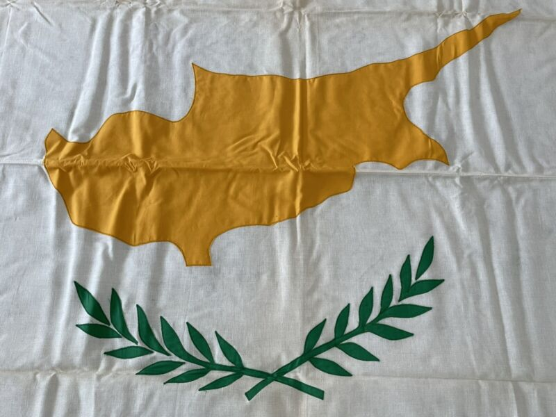Cyprus National Vintage Bulldog Bunting Dettra Flag 4x6 Made USA Educational 60s