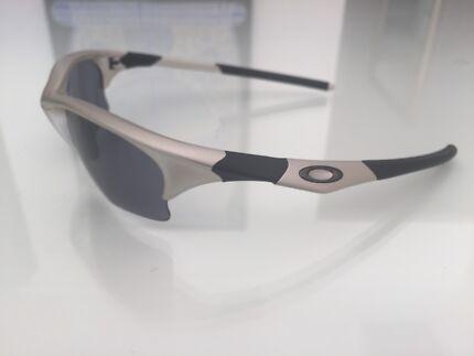 Oakley HalfJacket Sunglasses Brand New