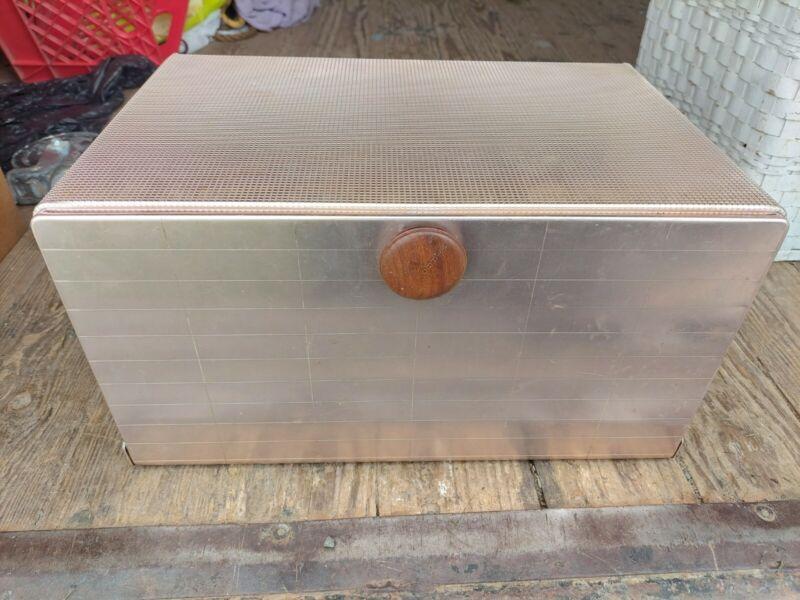 MIRRO VINTAGE 2009 CM Light Copper BREAD BOX  Mid Century Great For Display