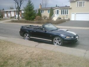 MUSTANG GT 2001 CONVERTIBLE (le deal)