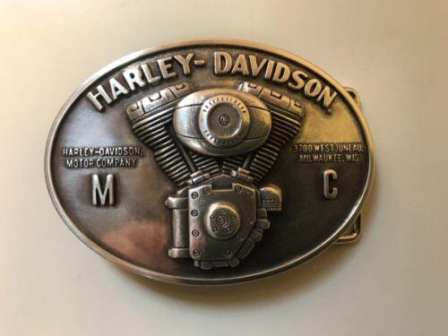 Harley-Davidson men's Engine belt buckle.#97869-12VM.Polished silver plaited.