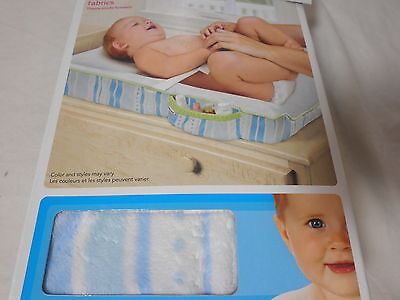 NEW Munchkin Plush Changing Pad Cover with Storage Pocket  ~
