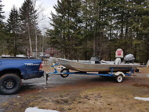 16 ft Aluminum Fisher Marine with 30 hp 4 stroke Mariner power t