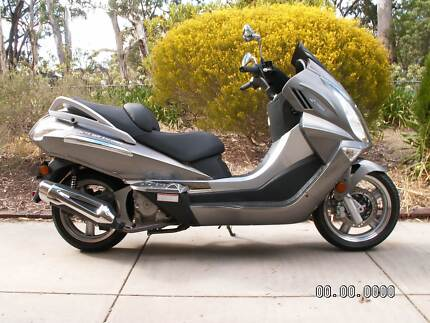 CF MOTO 250 JETMAX SCOOTER   AS NEW
