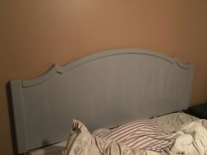 Grey king size head board