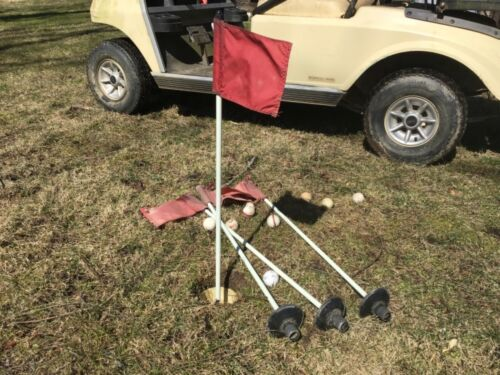 """Used Golf Flag Stick, set of 4 Flagsticks (flags Included) 33 """" putting green ."""