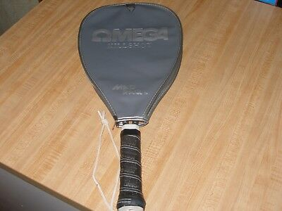 Vintage Omega Kill Shot  Mad Raq Raquetball Racket Very Nice with case