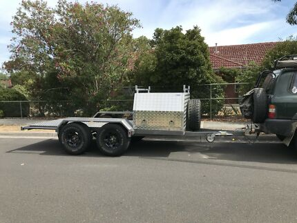 Motorbike / atv camper trailer