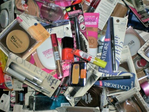COVERGIRL brand name makeup cosmetics mixed assorted wholesale resale Lot of 30