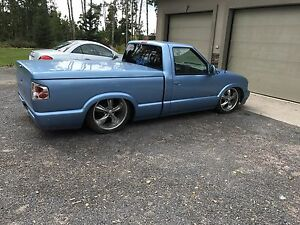 1997 S10 LOWRIDER CUSTOM ON AIR RIDE BAGS CAB THROUGH