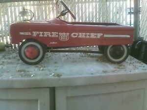 VINTAGE  AMF FIRE CHIEF 503 PEDAL CAR
