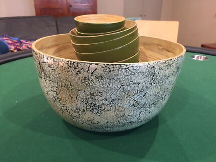Bamboo bowl set