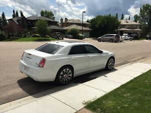 Beautiful Chrysler 300S
