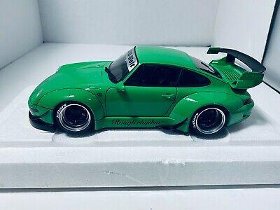 1/18 AUTO ART PORSCHE 911 993 CARRERA RWB MODEL GREEN & GUNMETAL GRAY WHEELS