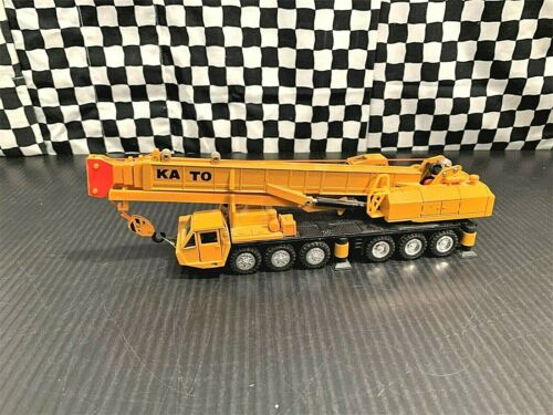 Shinsei Kato NK-800 6 Axle Telescopic Mobile Crane - Yellow - 1:61 Diecast Boxed