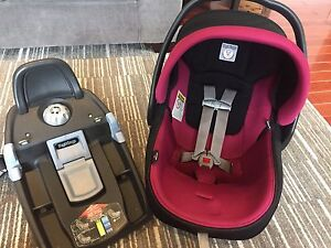 Peg Perego 4-35 Car Seat w/ base and canopy