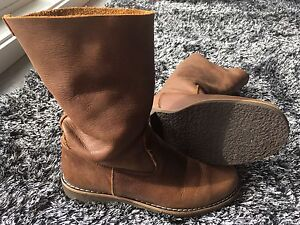 Roots Leather Boot