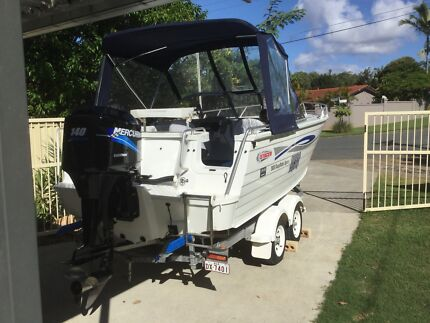 Stacer easy rider sports 565 bow rider