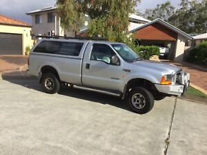 Ford 250 XLT 4x4 2001 with V8 7.3Lt motor, 5 Speed auto
