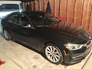 2017 BMW 330i Xdrive Navi Low KM financing available