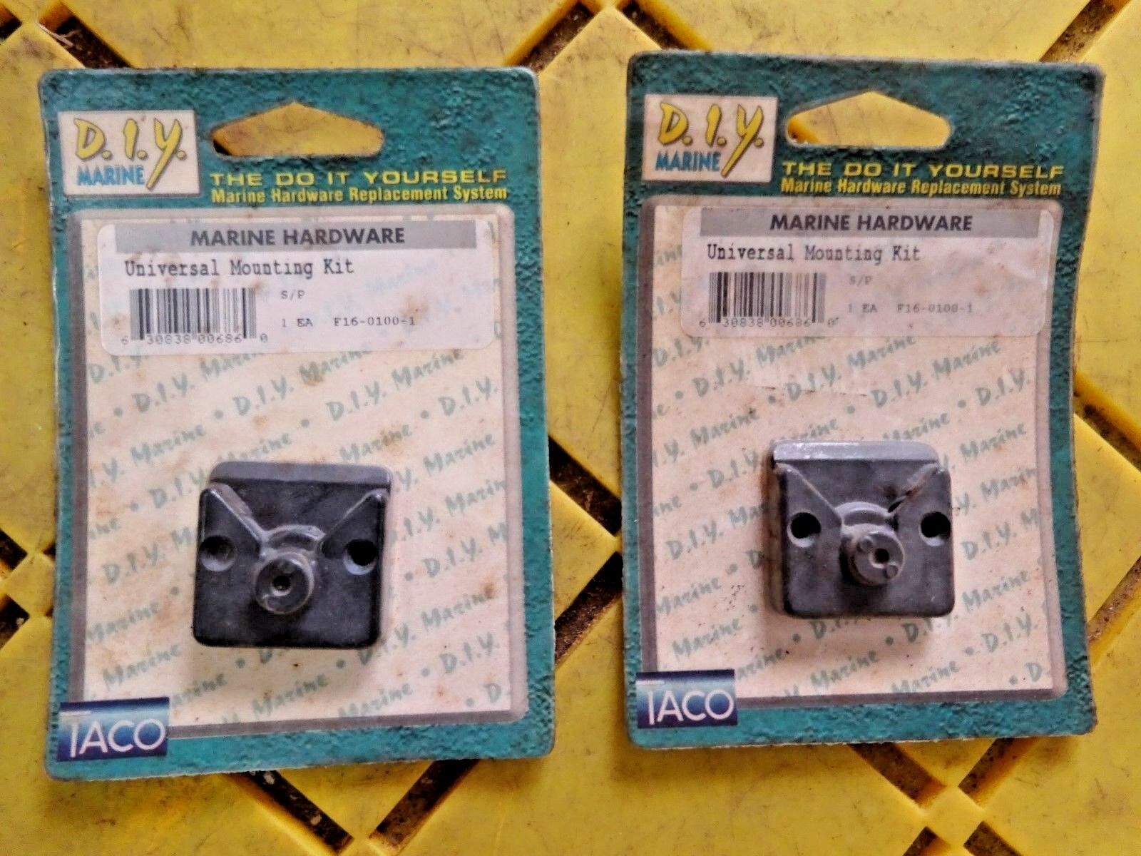 TACO MARINE F16-0100-1  BLK UNIVERSAL MOUNTING KIT  TO ATTACH TO A BUTTON 1 PAIR