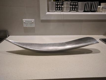 Cast Aluminium, in shape of leaf