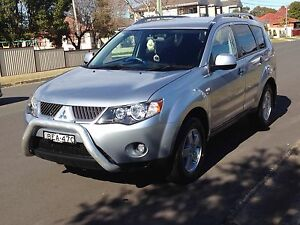 4WD MITSUBISHI OUTLANDER VR  FOR SALE Fairfield Fairfield Area Preview