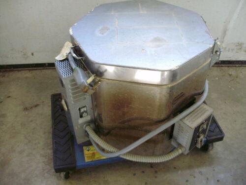 Paragon Electric Kiln A-66B, 3600 Watt, 240 Volt, 15 Amp, Accessories & Manual