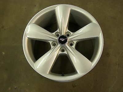 OEM Ford 2013 2014 Mustang GT Wheel 18x8 - New Take Off