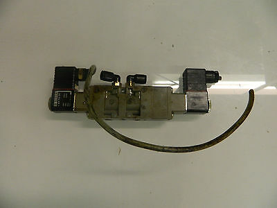 Bosch 0 820 034 051 Solenoid Valve w/ 1 824 210 243 24/48V Coils, Used, WARRANTY