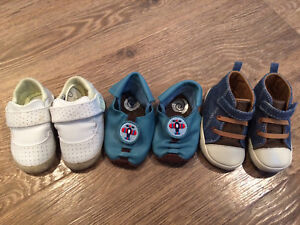 Size 3 and 4 baby shoes 4-14 months