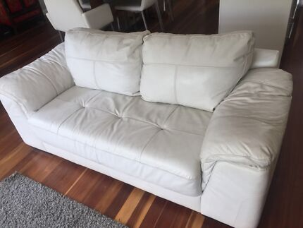 Leather sofa- 2 seater (nick Scali)