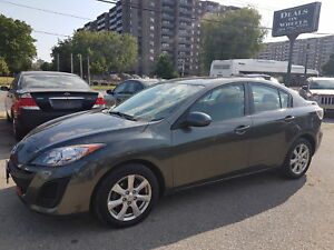 2011 Mazda Mazda3 GS SUNROOF LEATHER  ONLY 132000KM