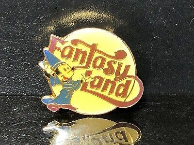 Vintage Fantasy Land Mickey Mouse Pin - Walt Disney (ref#10)