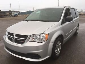 2012 Dodge Grand Caravan SE STOW & GO(NEW BRAKES/NEW WINDSHIELD)