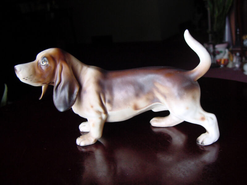 "VinTaGe 7"" 1940s Detailed Floppy Ear Basset Hound DOG Ceramic/Porcelain FIGURINE"